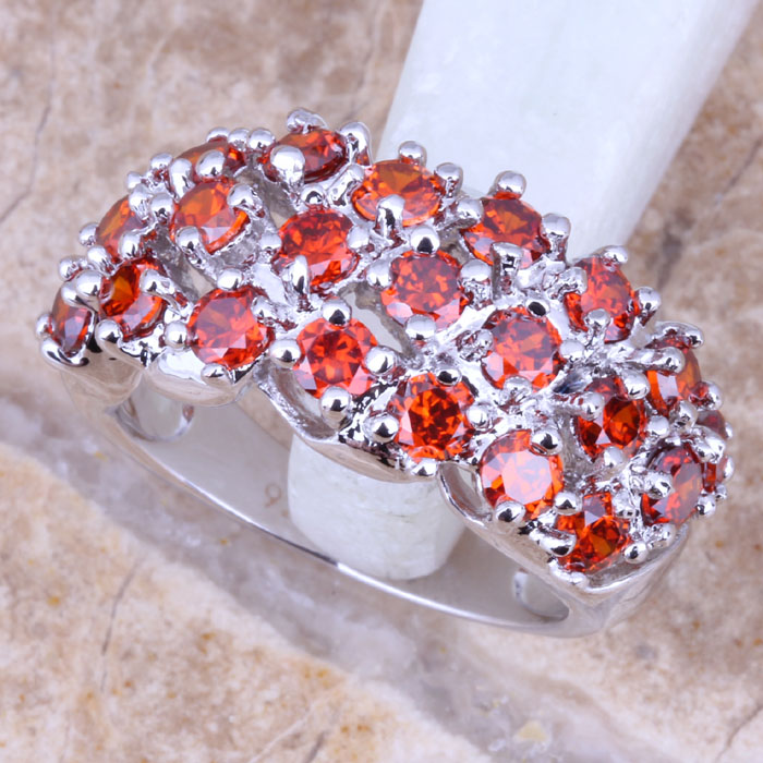 Terrific Red Garnet Silver Plated Women's Ring Size 6 / 7 / 8 / 9 R1112