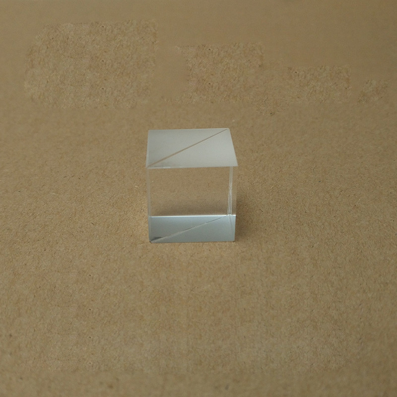 do cubo de vidro ótico de 10x10x10mm