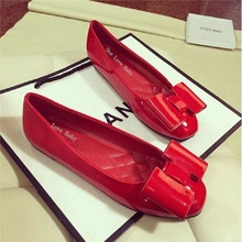 Free shipping spring new European square head bow flat shallow mouth red patent leather shoes singles