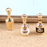Newest Mini Order 20PCS Oil Gold Tone Alloy Rhinestones Paved Fashion Red Wine Bottle Pendant Charms
