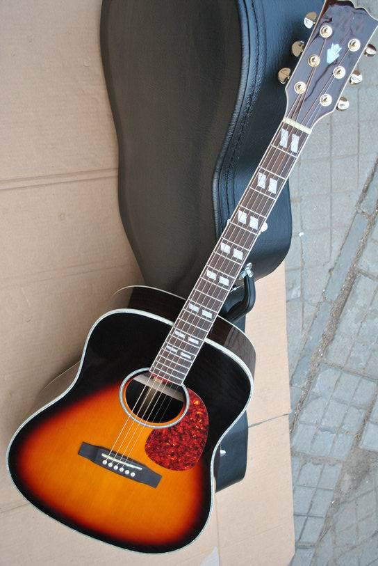 Free hardcase Best Musical Instruments 41# J45 model Acoustic electric Guitar Sunburst 150710 black hardcase for es jazz falcon 6120 41 acoustic etc