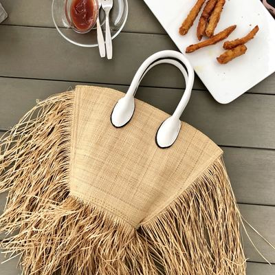 Fashion New Shoulder Bag Popular Tassel Manual Woven Straw Bag 2019 Year Quality Craft Paper Holiday