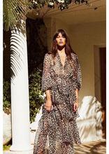 Australia Niche Designer Leopard Print Waist V Lead On Vacation Wind Cake Layer Dress