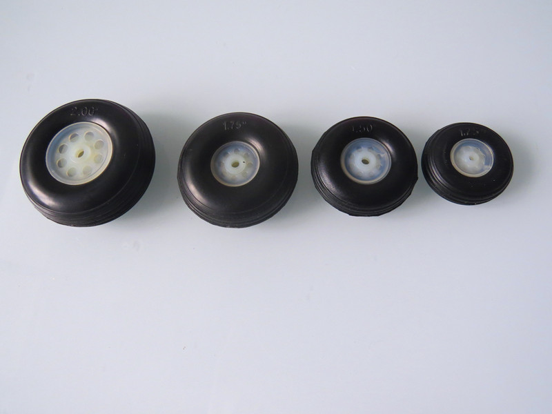 On Sale 2PCS 20x11mm Plastic Hub Sponge Tail Wheel For RC Airplane Good Quality