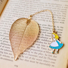 1pcs/Set Beautiful Alice Rabbit Clock Leaf Bookmark Advanced Gold Plate Texture Reading Page Bookmark Student Stationery Gift alice a043se page 8