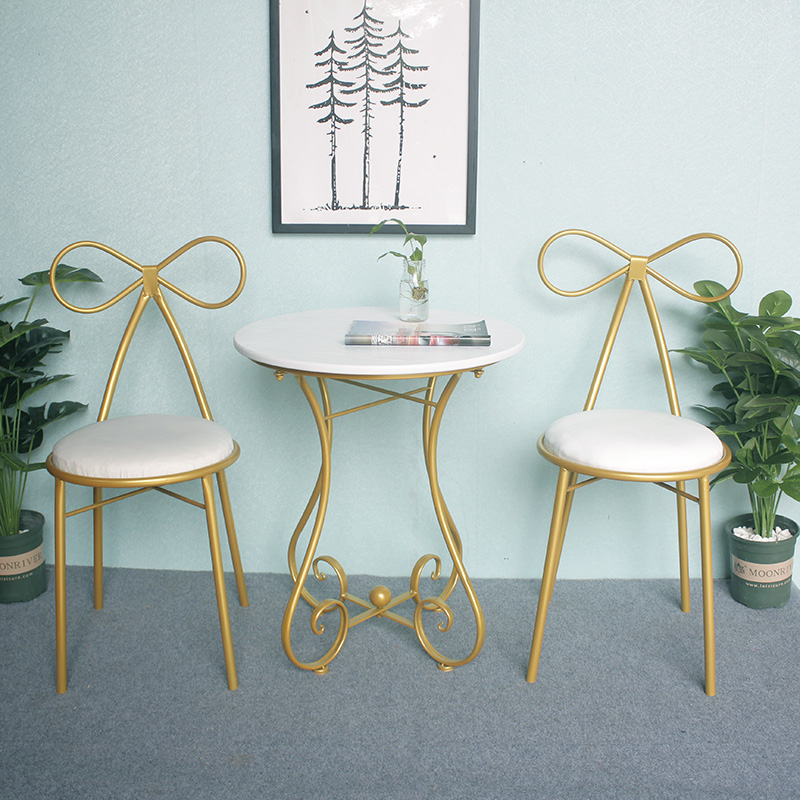 Nordic ins Coffee Tables garden outdoor table flowers stand Round bedside Tables for Living Room Furniture Home FurnitureNordic ins Coffee Tables garden outdoor table flowers stand Round bedside Tables for Living Room Furniture Home Furniture