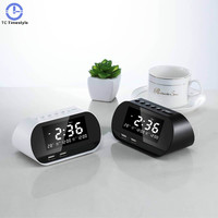FM Radio LCD Alarm Clock Digital Electronic Dual USB Charging Snooze Calendar Despertador Desktop Temperature Watch Clocks Smart