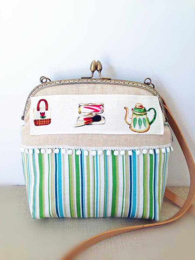 2018 Handmade Women Bag Green Striped Metal Frame Bag Teapot Printing Linen Cotton Purse Vintage Handmade Tassel Cross body Bag