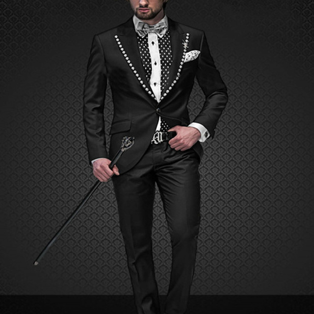 Nouvelle Arrivée Custom Made Marié Smokings Italien Hommes Robe de soirée  de mariage Costumes Pour Hommes 2017 Noir Hommes Costume (veste + Pantalon)  dans ... 3cc017c77ff