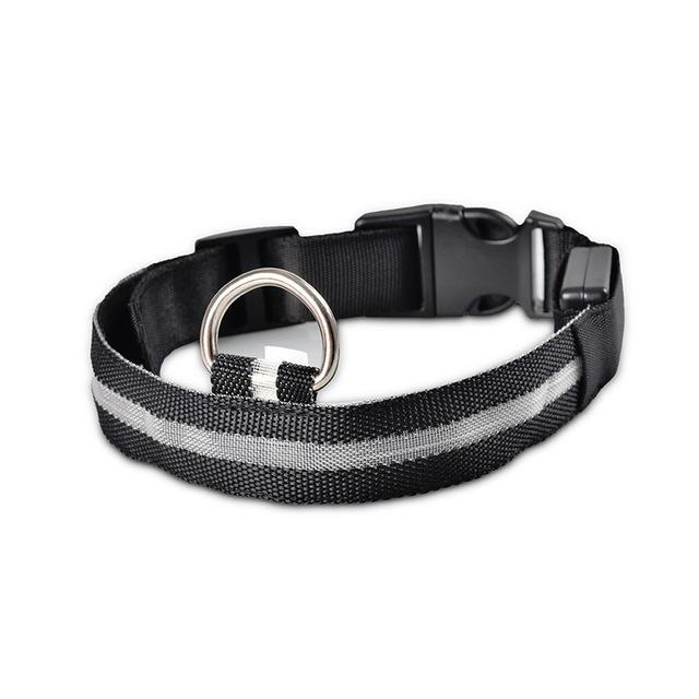 Nylon LED Pet dog Collar,Night Safety Flashing Glow In The Dark Dog Leash,Dogs Luminous Fluorescent Collars Pet Supplies