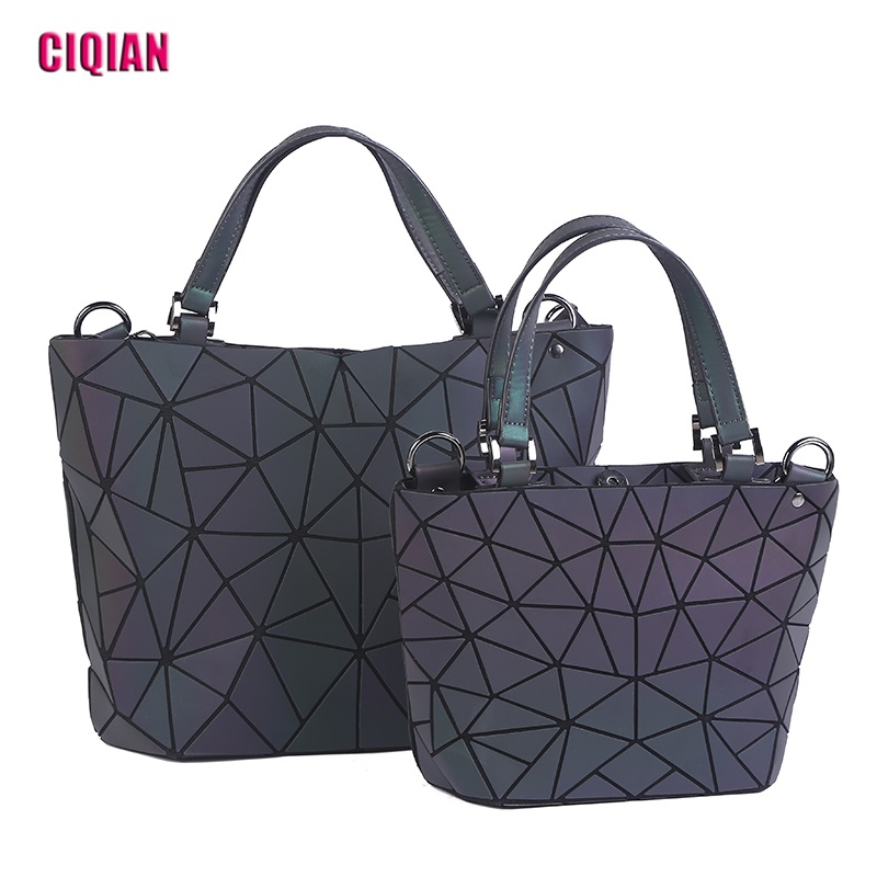 2018 Luminous bag Women Diamond Folding Tote Geometry Quilted Shoulder Bags Laser Plain Folding Handbags bolso Drop Shipping drop shoulder crew neck plain sweatshirt