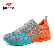 Фотография Faashion Sports women&men running shoes 2016 autumn New Arrivals Track Chaussure and Athletic Shoes for men&women sneakers shoes