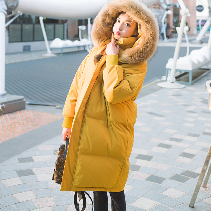 2017 Winter Women Jacke New Fashion Real Raccoon Fur Collar Mid-Long Thicken Warm Loose Plus Size Slim Parkas Cotton Hooded Coat 2017 winter new clothes to overcome the coat of women in the long reed rabbit hair fur fur coat fox raccoon fur collar