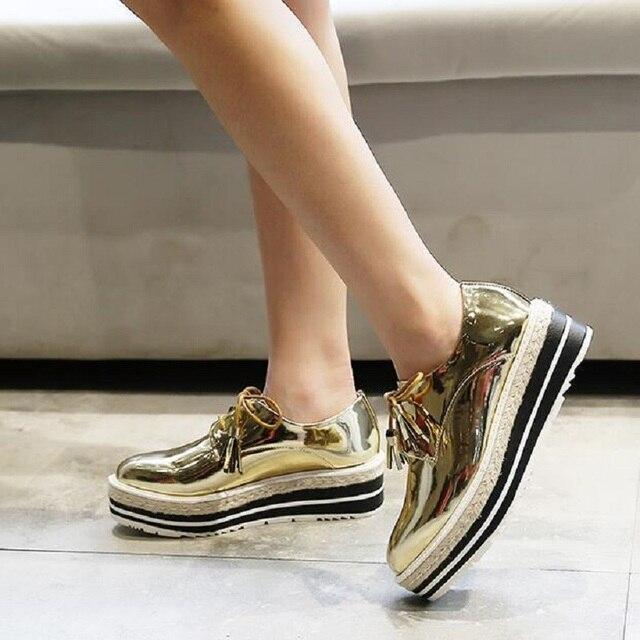 2016 New Autumn Derby Shoes Women Platform Oxford Flats Shoes Plus Size Lace Up Black/Gold Derbies Shoes Female