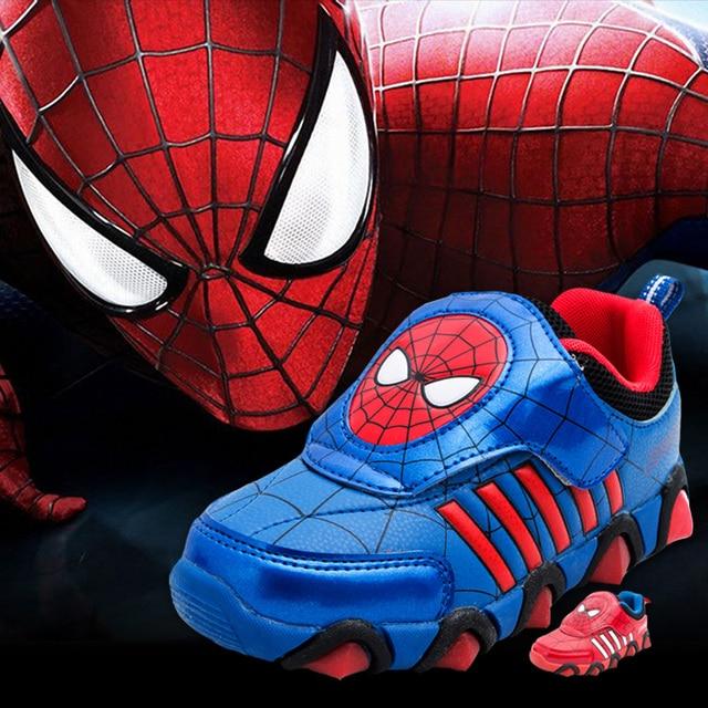 d0f222202 Los niños zapatos de moda zapatos de hombre araña de luz LED deportes de  moda luminosa. Sitúa el cursor encima para ...