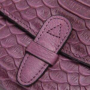 Image 5 - 2020 뜨거운 판매 패션 뱀 인쇄 가죽 클러치 지갑 접힌 정품 가죽 지갑 여성 소 가죽 지갑 롱 지갑 보라색