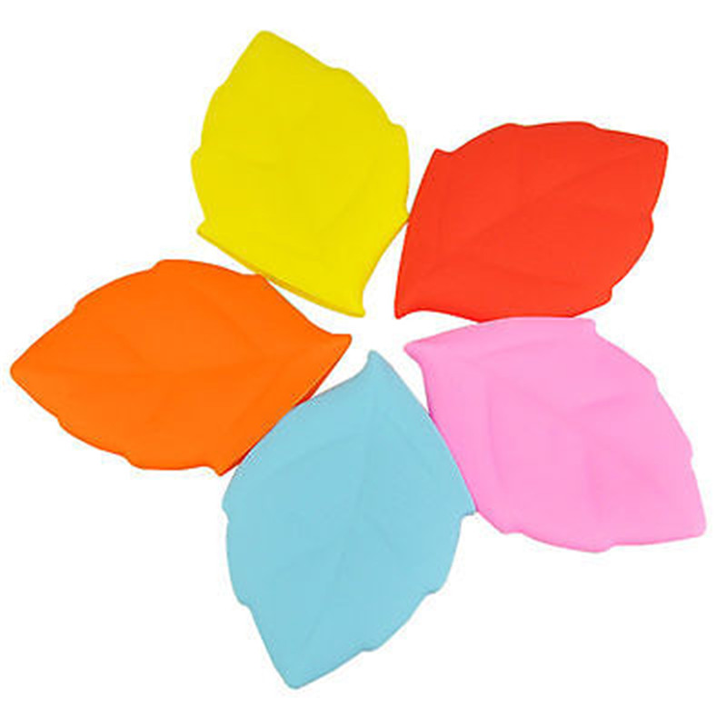 Portable Soft Silicone Leaf Shape Camping Hiking Home Water Drink Pocket