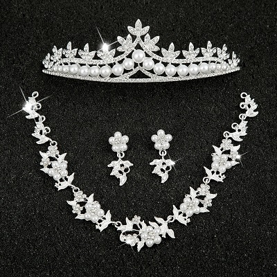 Hot Sale Sliver Plated Rhinestone Crystal Necklace+Earrings+Tiara 3pcs Jewelry Set For Bride Bridal Wedding Accessories (15)