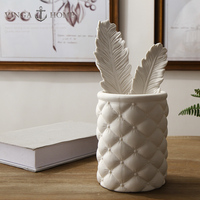 ceramic vintage feather Pen holder home decor crafts room decoration handicraft porcelain figurine office table decoration