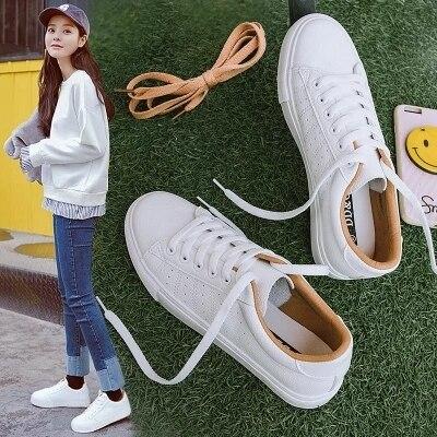 Baskets en cuir pour femmes 2020 tendance décontracté, baskets plates, chaussures confortables vulcanisées, nouvelle mode à lacets