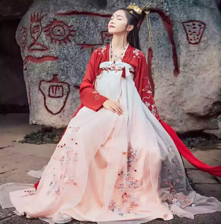 Poema neve antigo elegante hanfu vermelho menina zhaoyun camisa de manga grande