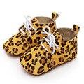 Bebê Listrada e Leopard Primeira Walker Newborn Cabelo Cavalo Couro Genuinu Sapatos Infantil Lace-Up Anti-slip Suave Sapatos de sola