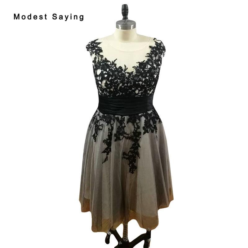 Elegant Black Plus Size Lace Cocktail Dresses 2017 Girls Formal Knee Length Cap Sleeves Homecoming Prom Gowns Vestidos De Coctel