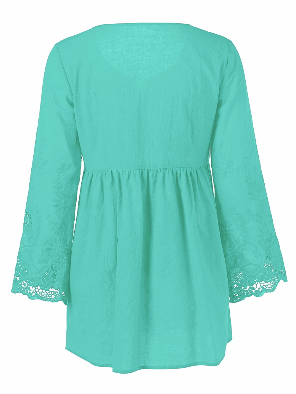 HTB1HUZ0OXXXXXbuXFXXq6xXFXXXB - Gamiss Plus Size 5XL Female Blusa Retro Spring Autumn Lace Floral