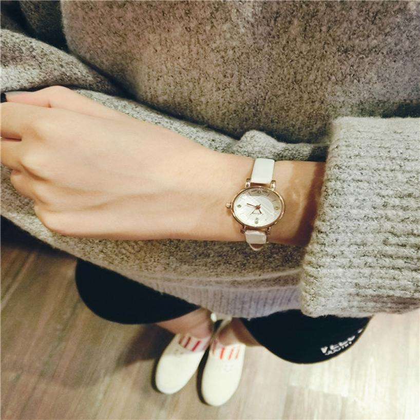 Watch Reloj 2017  women watches  Retro Small Girls Watch Dial Female Table Belt Casual Wave  Clock Hot Top Quality 17Jan4 retro small dial watch women simple desingn thin belt casual watches womens vogue pu leather analog quartz wrist watch reloj n