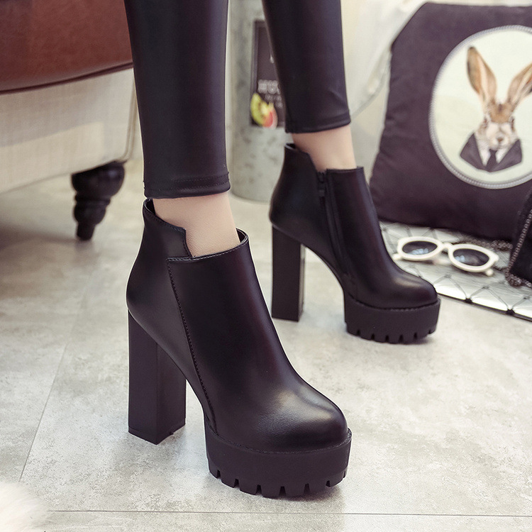 2018Fashion Boots Women Martin High Quality Women Boots Platform Shoes Woman Thick with Ankle Boots Soft yuj352018Fashion Boots Women Martin High Quality Women Boots Platform Shoes Woman Thick with Ankle Boots Soft yuj35