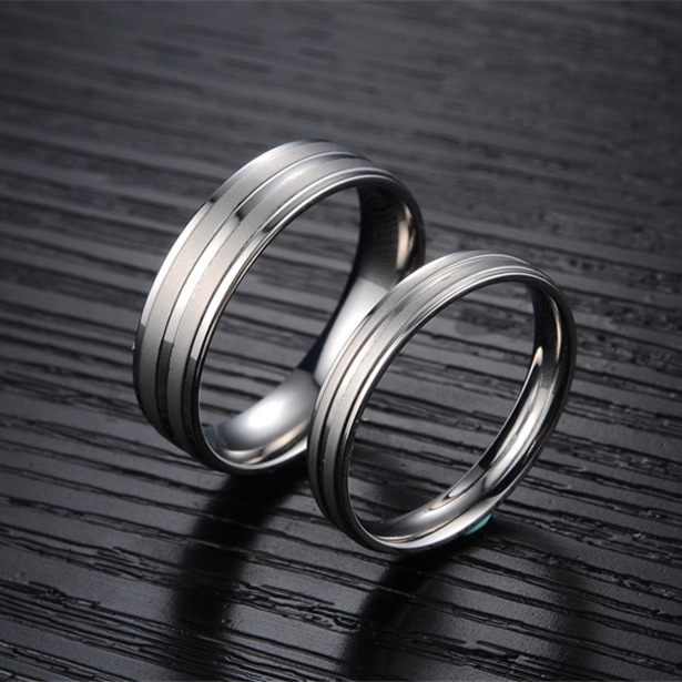 GHZTYF New Fashion Lover Promise Titanium Steel Marry Rings Couple 2018 Stainless Loves Rings Shopping Gift