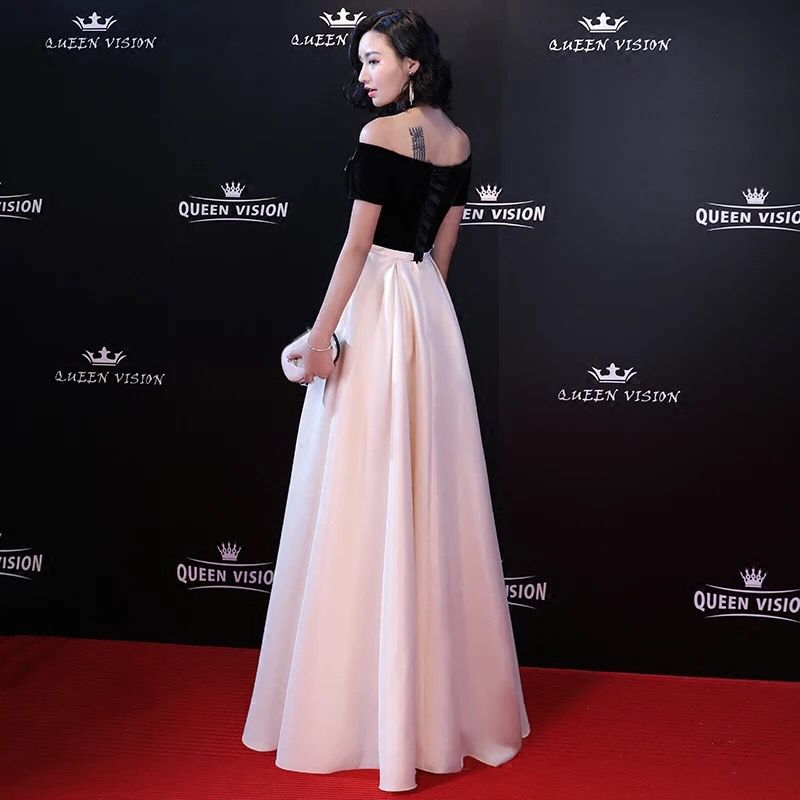 Long Red Carpet Off the Shoulder Celebrity Evening Dress 2018