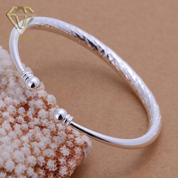 2017 New Arrival Silver Plated Fashion Elegant Classic Simple Open End Cuff Bangle Bracelet Jewelry for Women Party Wedding