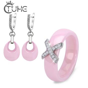 Różowy zestaw pierścionek i kolczyki biżuteria z ceramiki X krzyż pierścień ceramiczny z kryształowymi kroplami wody kolczyki komplety biżuterii dla kobiet tanie i dobre opinie TUHE STAINLESS STEEL CN (pochodzenie) Kobiety TRENDY Kolczyki pierścień Moda CS0057 Zestawy biżuterii Ślub Kropla wody