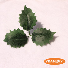 Wholesale Christmas Grape Leaves Holiday Supplies New Year DIY Artificial Decorations Vivid Green Simulation Flower