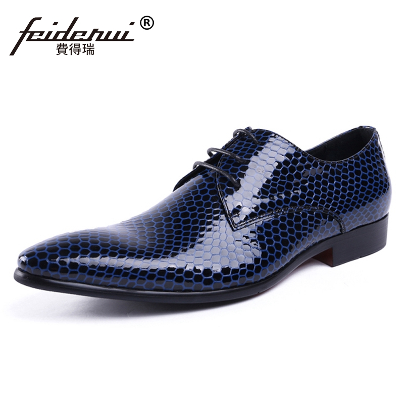 High Quality Man Derby Dress Shoes Patent Leather Wedding Oxfords Luxury Formal Italian Pointed Toe Mens Party Footwear JS100High Quality Man Derby Dress Shoes Patent Leather Wedding Oxfords Luxury Formal Italian Pointed Toe Mens Party Footwear JS100