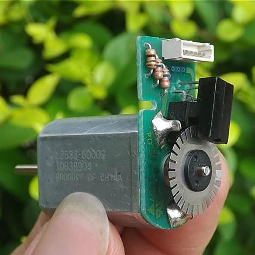 Metal code wheel speed motor Encoder 30 lines AB phase Code motor DC 6-12V 3800rpm-7800rpm carbon brush 130 DC motor for DIY