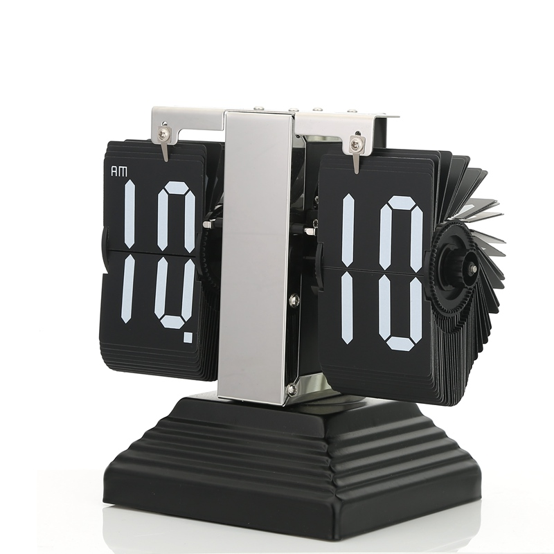 Autobots genuine stainless steel mute movement bedroom living room den office creative flip clock free shipping