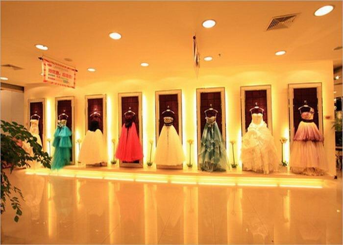 Elie_Saab bleu marine robes de soirée profonde col en V longueur au sol chapelle train robe paillettes dentelle robes de célébrité - 5