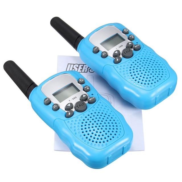 T-388 Dual 1 Par 4 Cores Ajustável Mini Portátil 5 KM Multi canais 2-Way LCD UHF Rádio Do Carro Auto de Viagem Sem Fio Walkie Talkie