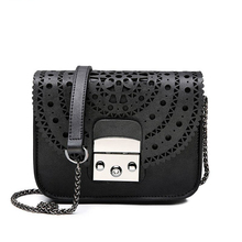 цена на 2018 Crossbody Bags for Women Vintage Hollow Out Women Clutches Mini Small Women's Bag Chain Shoulder Bag Women's   Fashion Bags