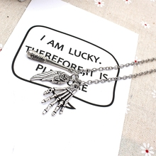 XKXLHJ 2019 New Walking Dead Meat Sticks, Wings And Hand Necklace Pendant Fashion Jewelry Necklace new fashion necklace walking dead meat stick and letter necklace pendant fashion jewelry collar necklace