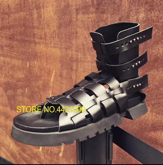 Mens Summer Gladiator Sandals 2018 Rivets Cutout Flats Sandals Booties Black Retro Criss Cross Straps Male Runway Sandals спот marksojd