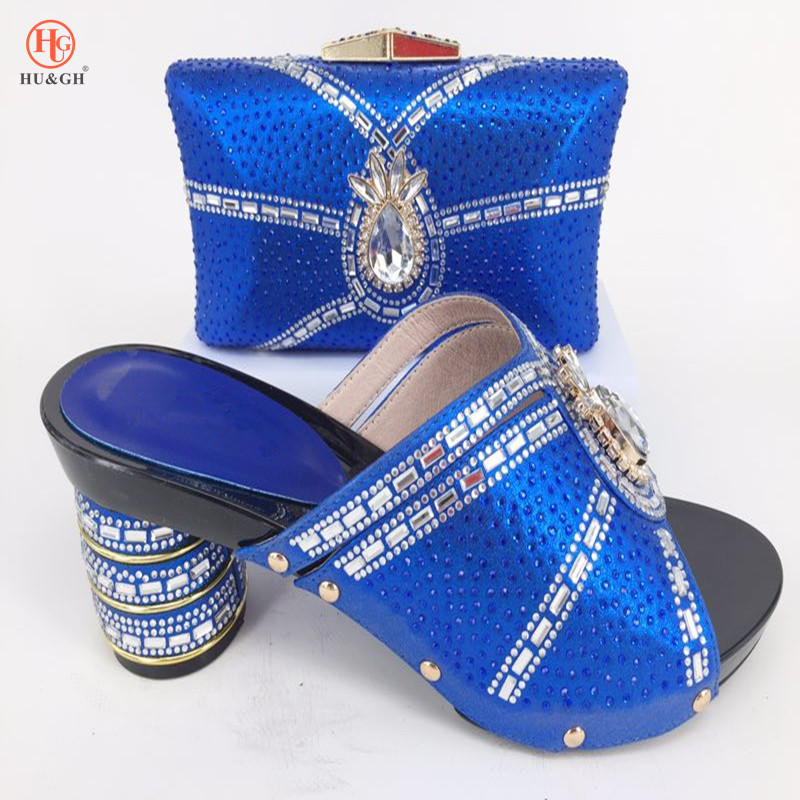 все цены на 2018 New Royal Blue Italian Fashion Shoes With Matching Bag Set For Wedding Party Nigeria Women Pumps Shoes and Bags set African онлайн