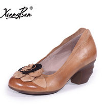 Xiangban 2018 spring fashion women leather shoes handmade retro flowers high heels elegant shallow mouth shoes