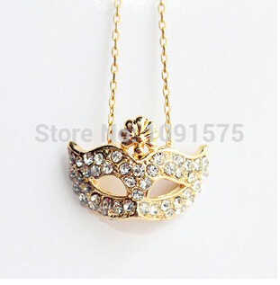 CND236 New Women's Fashion Mask full Of Gem Rhinestone Necklace Chain Necklace Clavicle