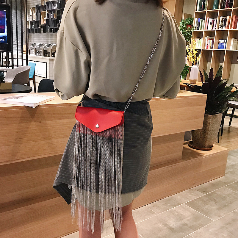 Image 2 - HOCODO PU Leather Fashion Fringed Women Messenger Bag Waist Pack Chain Extra Long Tassel Shoulder Bag Phone Bag Purse Bolsa 2019-in Shoulder Bags from Luggage & Bags