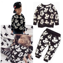 HOT 2016 Spring/Winter Baby Boys Fashion Sport Suit Kids Clothes Mickey Minnie Mouse Sweater + Trousers two pieces Clothing Set