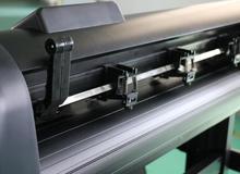 high quality GC24-ASF  Liwan-720ASF Servo machine Automatic Feeding Arms Servo Label Cutting Plotter