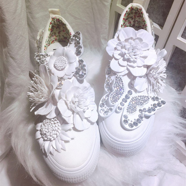 สีขาว Retro ดอกไม้ผ้าใบผู้หญิงแพลตฟอร์มรองเท้าความสูงภายในผู้หญิงปั๊มสำหรับสาวเลดี้นักเรียน Party Prom-ใน รองเท้าส้นสูงสตรี จาก รองเท้า บน AliExpress - 11.11_สิบเอ็ด สิบเอ็ดวันคนโสด 1